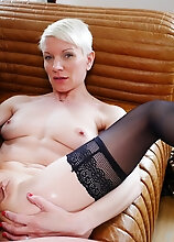 Naughty French Milf Loving Anal Sex